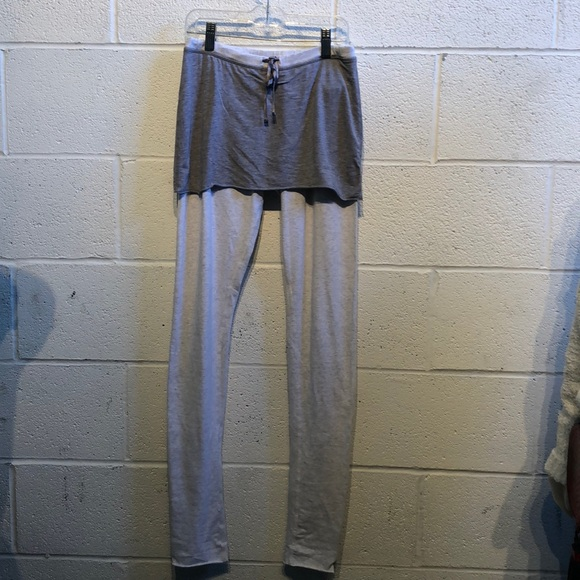 lululemon athletica Pants - Lululemon gray soft legging w/ skirt sz 6 59864
